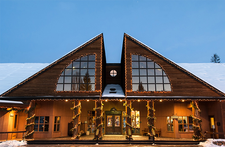 Grouse Mountain Lodge  Modern Lodge Style Hotel In
