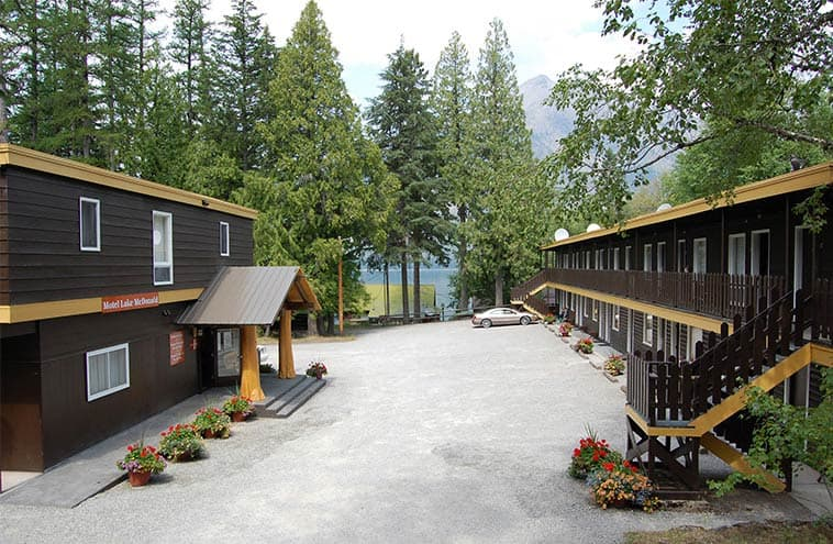 Motel Lake Mcdonald In Glacier National Park Quiet Comfort